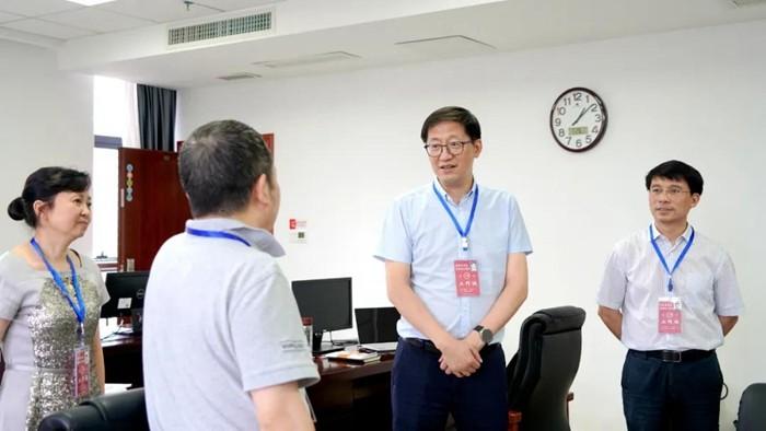 省教育厅到省招生考试院检查高考录取工作